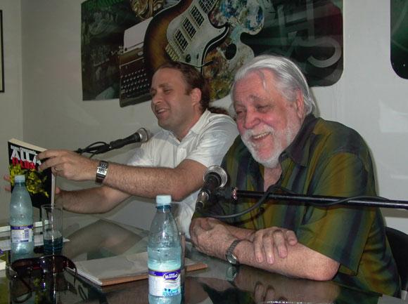 Daniel Chavarría en el espacio Encuentro de la Feria Arte en la Rampa. Foto: Marianela Dufflar