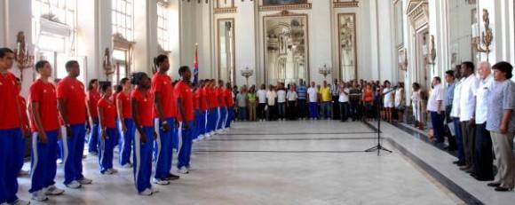 Acto de abanderamiento a la delegación deportiva cubana que participará en los Primeros Juegos Olímpicos Juveniles a realizarse del 14 al 28 de agosto de 2010 en la República de Singapur, realizado el 5 de agosto de 2010 en el Memorial Granma, Ciudad de La Habana. AIN FOTO/Oriol de la Cruz ATENCIO