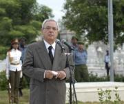 Eusebio Leal Spengler, historiador de la Ciudad de La Habana, durante la ceremonia de inhumación de los restos de la insigne patricia cubana Emilia Teurbe Tolón, en la Necrópolis de Colón, en La Habana, Cuba, el 23 de agosto de 2010. AIN FOTO