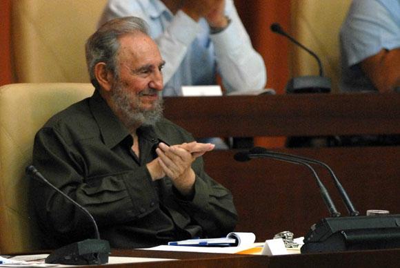 El Comandante en Jefe, Fidel Castro, participa durante la Sesión Extraordinaria de la Asamblea del Poder Popular, en el Palacio de Convenciones de la Habana, Cuba, el 7 de agosto de 2010. AIN Foto: Marcelino VAZQUEZ HERNANDEZ