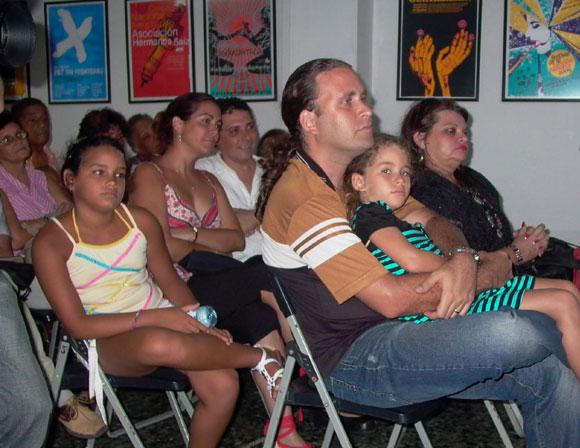 Encuentro en la Feria Arte en la Rampa con Martha Valdés. Foto: Marianela Dufflar