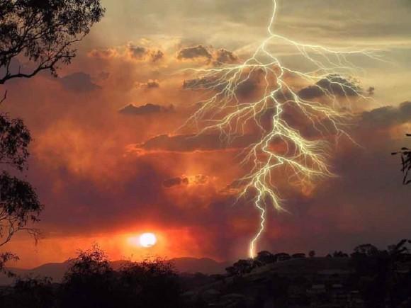 Si la energía contenida en los rayos pudiera almacenarse, bastarían unos segundos para acumular toda la electricidad que necesita una gran ciudad.