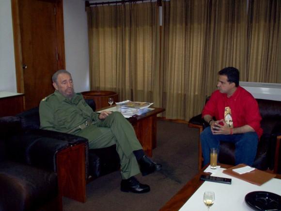 Tarek William Saab y Fidel Castro, en el 2005. Foto: Archivo de TWS
