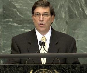Canciller cubano arriba a Ecuador para una visita oficial