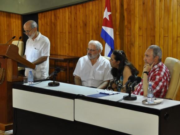 Tomás Gutiérrez Pérez, director general del Instituto de Meteorología, ofrece las palabras de apertura del taller.