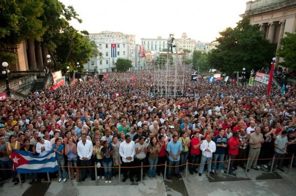 El Himno Nacional. Foto: Roberto Chile