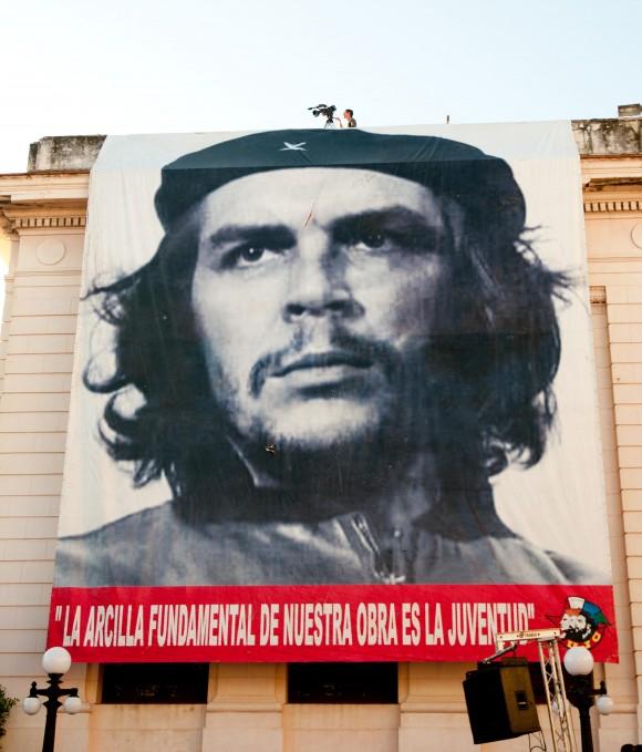 Con el Che. Foto: Roberto Chile