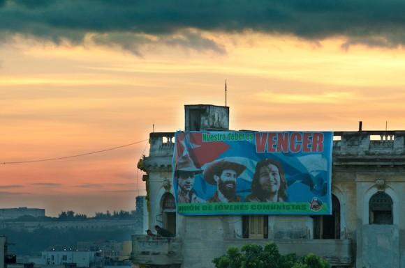 Las 7:00 am en la Universidad de La Habana. Foto: Roberto Chile