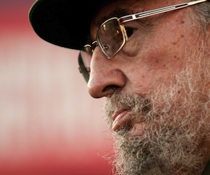 El Consejo Mundial por la Paz premia a Fidel Castro