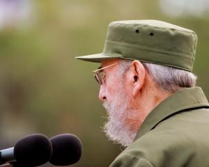 Fidel en el acto por el 50 aniversario de la constitución de los Comité de Defensa de la Revolución, el 28 de septiembre de 2010. Foto: Alex Castro