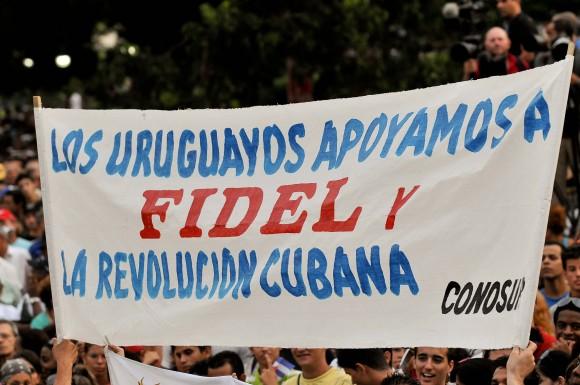 Uruguayos en el acto por el aniversario de los CDR. Foto: Roberto Chile