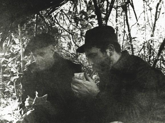 Entrevista del periodista norte- americano Herbert Matthews del diario The New York Times al Comandante Fidel Castro, en la finca de Epifanio Díaz, febrero de 1957.