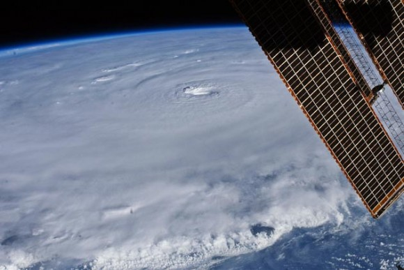 Imagen aérea del huracán Earl - NASA