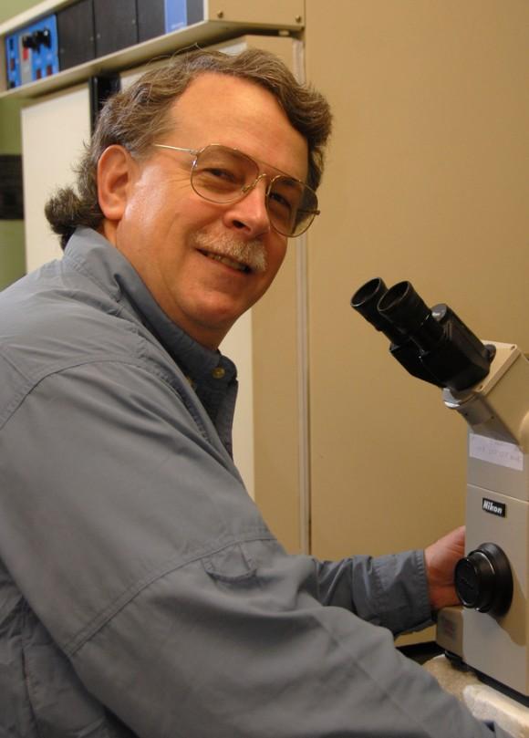 El doctor Malcolm Fraser