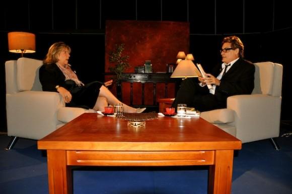 """Marilyn Bobes y Amury Pérez en """"Con 2 que se quieran"""". Foto: Petí"""