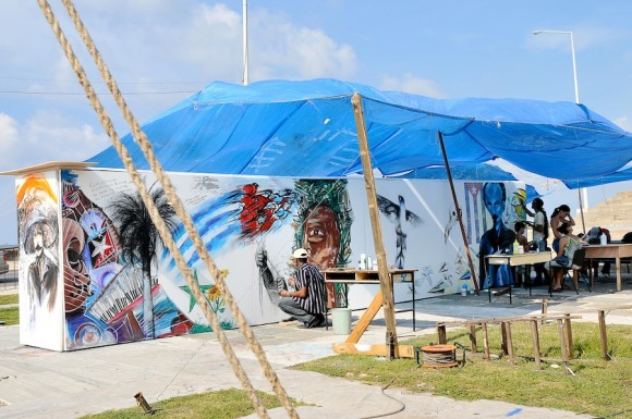 Mural por la paz. Foto: Roberto Chile