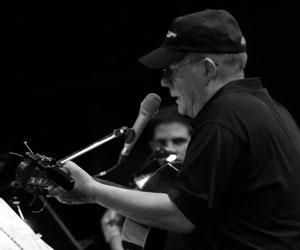 Silvio Rodríguez cantó en Ciudad Juárez ante 25 000 personas