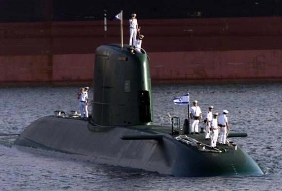 Un submarino israelí tipo Dolphin, de fabricación alemana, con  capacidad atómica.