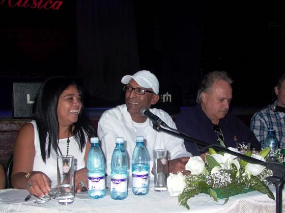 Elsida  González, Ricardo Leyva y Frank Fernández