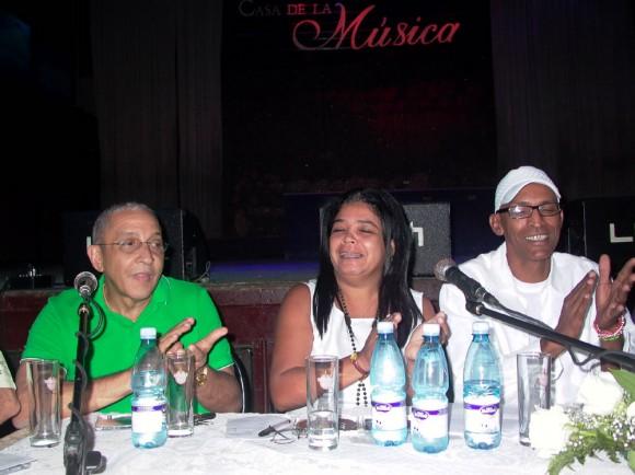 Juan Formell, Elsida González y Ricardo Leyva