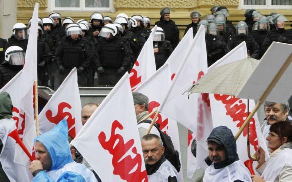 Otra escena de las marchas en Varsovia,