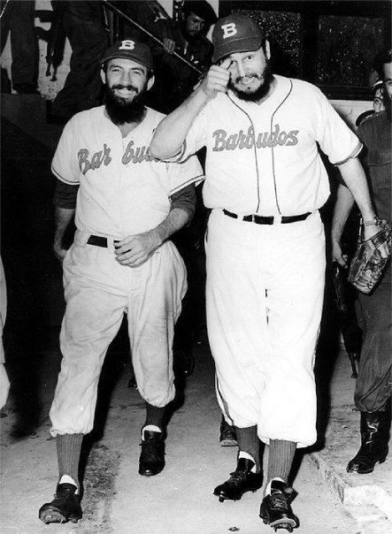 Camilo y Fidel en el juego