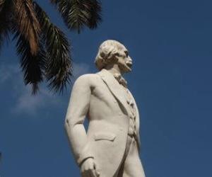 Estatua de Carlos Manuel de Céspedes en la Plaza de Armas, de La Habana