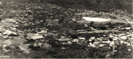 Poblado de Minas de Charco Redondo, diciembre de 1958.