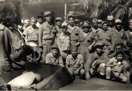 El teniente Orlando Rodríguez Puertas, jefe de pelotón de la Columna 1, formó parte del grupo de combatientes que acompañó al Comandante en Jefe Fidel Castro desde su salida de la Comandancia de La Plata hasta el cerco a Santiago de Cuba.