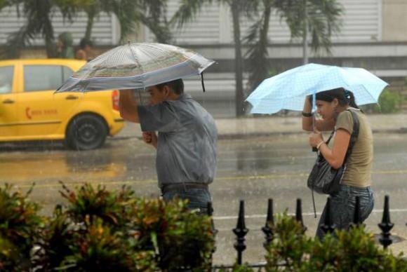 Pronostican fuertes lluvias sobre el occidente cubano