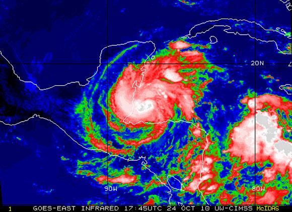 Imagen de Richard, satélite infrarrojo. (NOAA)