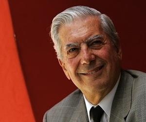 Vargas Llosa considera que los jóvenes que chatean piensan como un mono