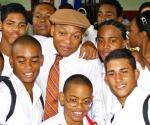 Miembros de la Jazz Lincoln Center Orchestra al Conservatorio de Música Guillermo Tomás en el municipio  de Guanabacoa.