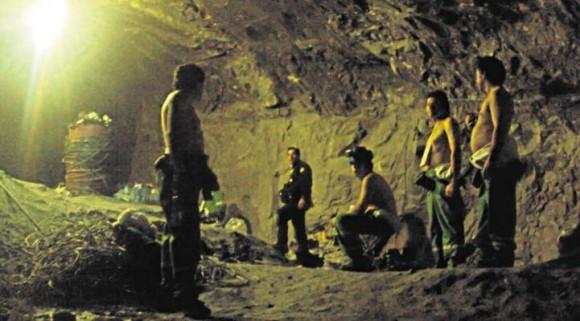Los mineros sabían de memoria su orden de salida y no se aglomeraron junto a la cápsula