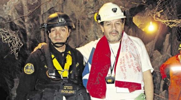 Luis Urzúa, jefe de turno, fue el último minero en salir