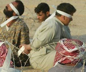 Presos iraquíes en 2003