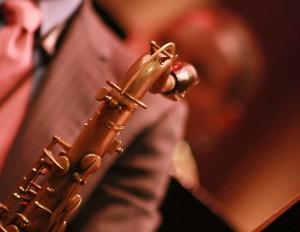 La magia del jazz prosigue colmando el Teatro Mella