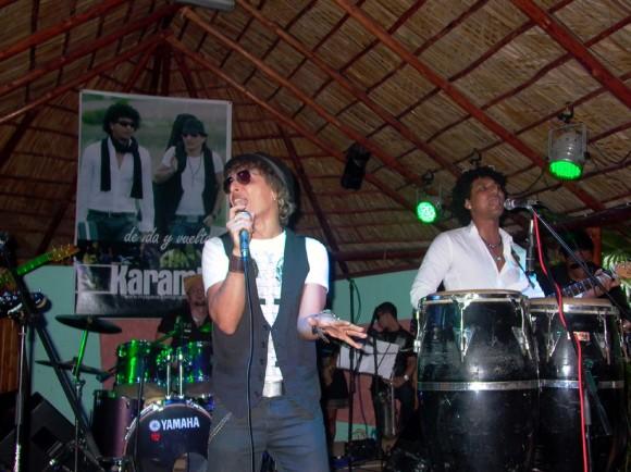 """Grupo Karamba en la presentación  """"de ida y vuelta"""", en el Centro Cultural El Sauce"""""""