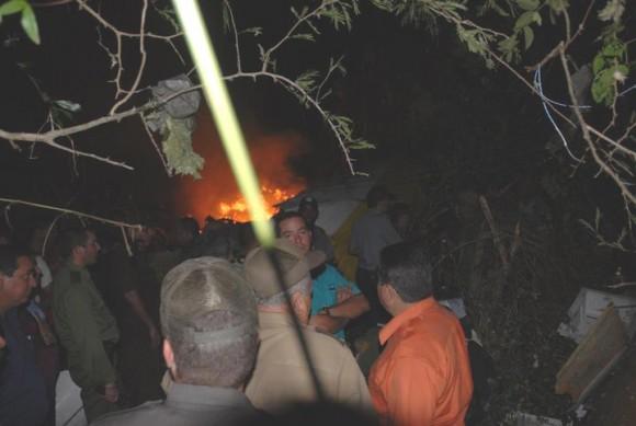 Fuerzas socorristas de la provincia de Sancti Spíritus, localizaron ya los primeros cadáveres.