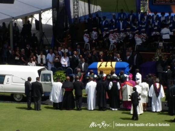 asiste_lazo_funeralestado05