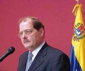 Washington retiró la visa al Embajador de Venezuela