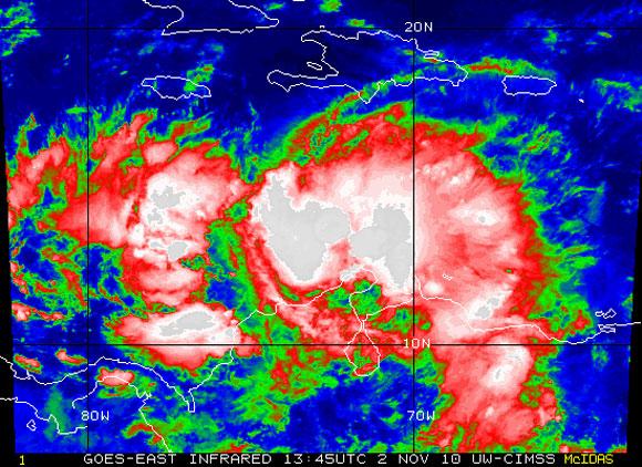 Imagen satelital de la Tormenta Tropical Tomás