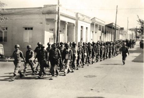 Rendición de los guardias de la tiranía al mando del capitán Sierra Talavera, Palma Soriano, diciembre de 1958.