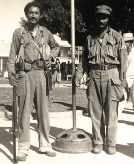 Los combatientes Aeropagito Montero y Fidel Vargas, después del Combate de Palma Soriano.
