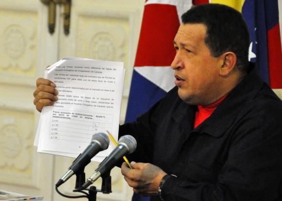 Chávez recordó los detalles del Convenio Integral de Cooperación Cuba-Venezuela firmado hace 10 años. Foto Estudios Revolución