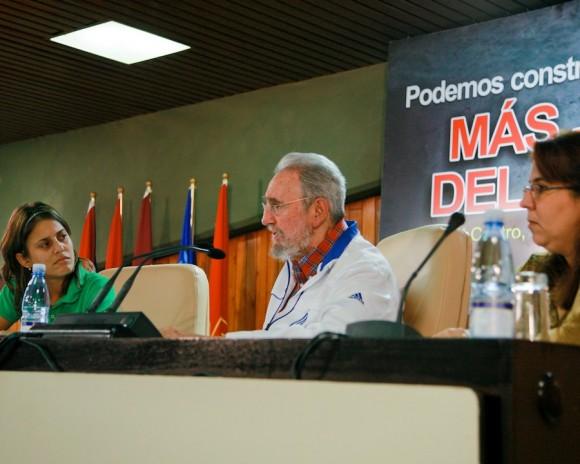 Maidel, Fidel y Liudmila. Foto: Alex Castro