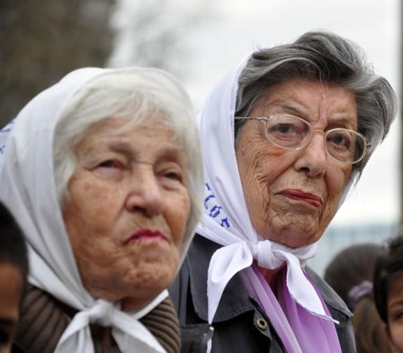 Madres de Plaza de Mayo. Foto: Kaloian