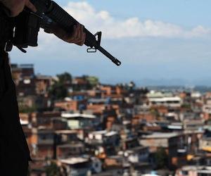 militares-favelas-ap1