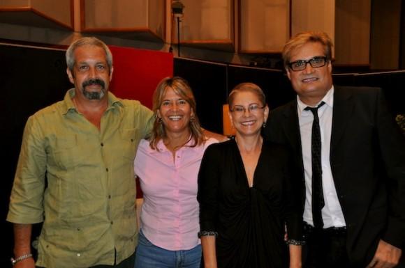 """Zenaida Romeu y Amaury Pérez en """"Con 2 que se quieran""""."""