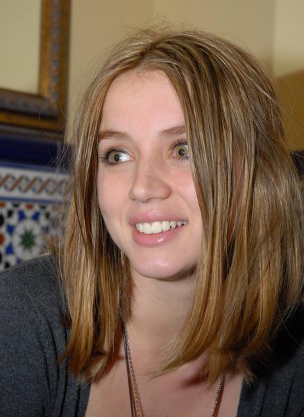 """La actriz Ana de Armas, una de las protagonistas de la producción televisiva  española """"El Internado"""", en La Habana, Cuba, el 10 de diciembre de 2010. AIN FOTO/Sergio ABEL"""